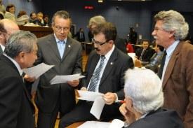 Alvarás e Orçamento serão votados em extraordinária na 2ª