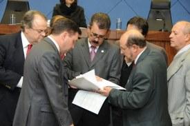 Câmara dá aval para Prefeitura da assumir dívida da Emdec
