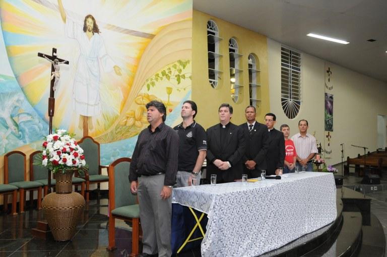 Câmara homenageia líderes da Igreja Católica