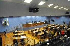 Comissão se reúne para reavaliar projeto dos alvarás