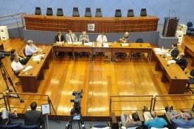 Confronto marca depoimento de ex-diretor da Sanasa à CPI