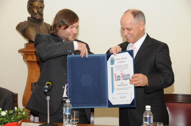 Luno Volpato recebe Título de Cidadão Campineiro
