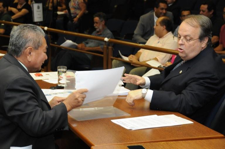 Programa Calçada Limpa é aprovado na Câmara