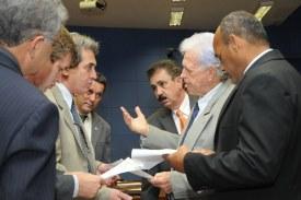 Projeto que muda taxa do ISSQN passa em 1ª votação