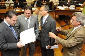 Resultado da votação desta 4ª feira (01/12) da Câmara