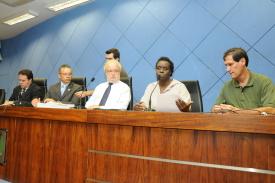 Secretário diz que reenquadramento de monitores é inconstitucional