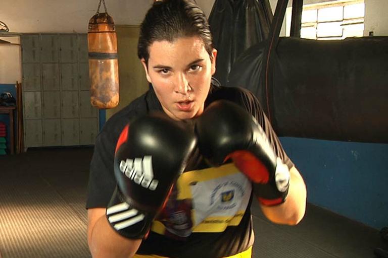 Mais Esportes entrevista a boxeadora Flavinha Fracini, nesta segunda em dois horários: confira