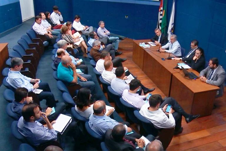 Câmara toma conhecimento de prévia do Plano Diretor e vereadores apresentarão sugestões, em especial na área de regularização fundiária