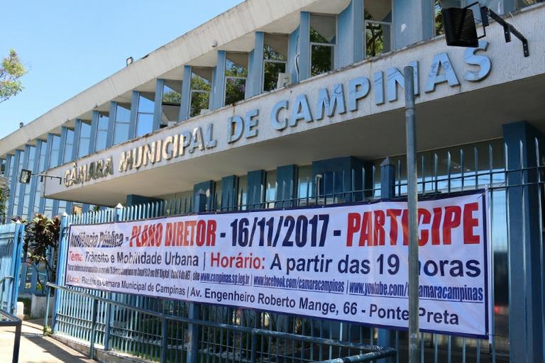 Nesta quarta (15) não haverá sessão e Câmara estará fechada em virtude do feriado de Proclamação da República; atendimento será retomado na quinta (16), data em que ocorre a 3ª Audiência Pública do PDE