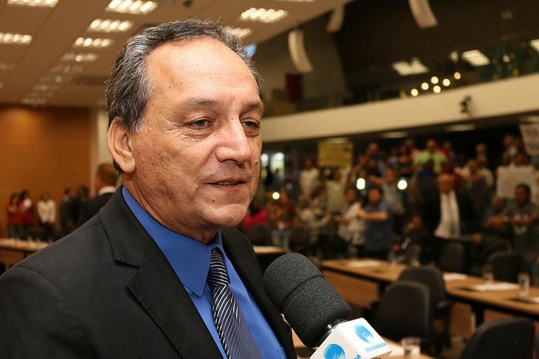Rossini quer saber sobre a situação financeira do Camprev e da Prefeitura