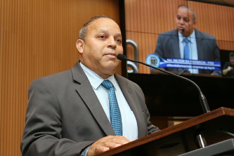 Câmara aprova moção de apelo para cobrar regularidade na distribuição de medicamentos na Farmácia de Alto Custo