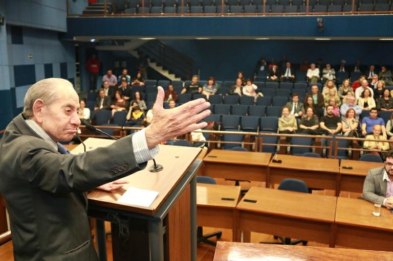Câmara em luto: Campinas perde Romeu Santini, vereador por seis vezes e presidente do Legislativo por sete; velório ocorrerá no Plenário da Casa