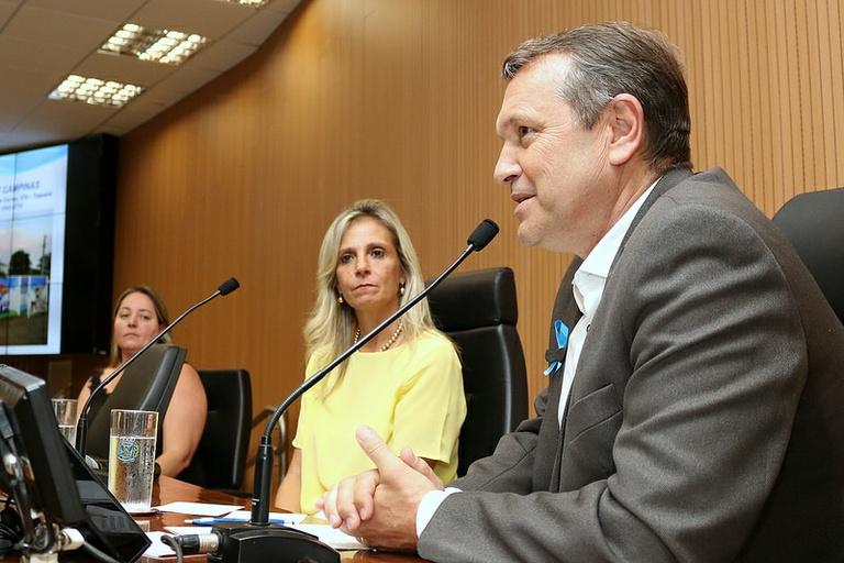 Comissão das Pessoas com Deficiência aborda a inclusão dos deficientes no mercado de trabalho