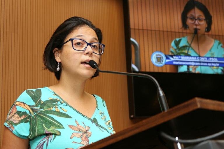 Mariana Conti protocola projeto propondo alteração no regimento interno da Câmara e pedindo a exclusão do voto simbólico