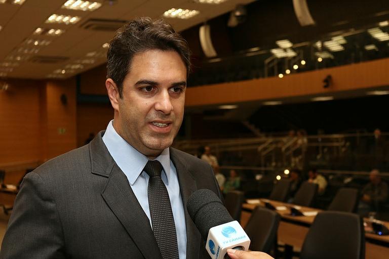 Nelson Hossri pede inclusão de projeto que cria Prato Feito 24h no relatório de CEE