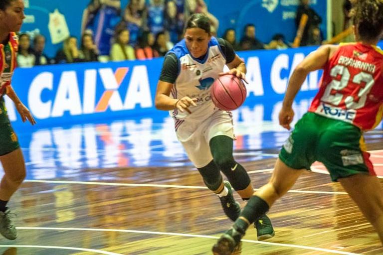 TV Câmara: + Esportes entrevista Ariadna, ala do Vera Cruz Campinas e maior pontuadora da Liga Brasileira de Basquete Feminino