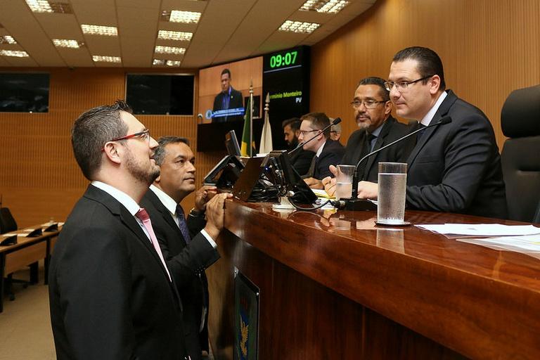 Vereadores analisam na sessão de segunda-feira (05/11) projeto que cria campanha de prevenção de acidentes do trabalho e doenças ocupacionais