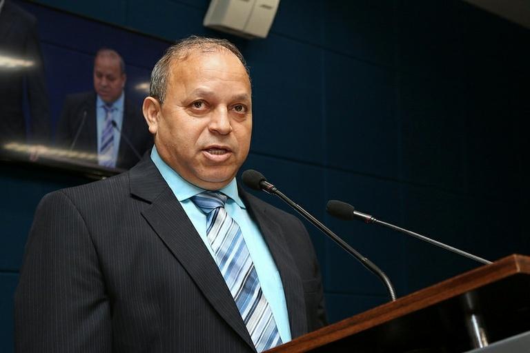 Ailton da Farmácia questiona fim de agendamento para castrar animais por meio do 156 e solicita data para o Castramóvel na região da Vila Georgina