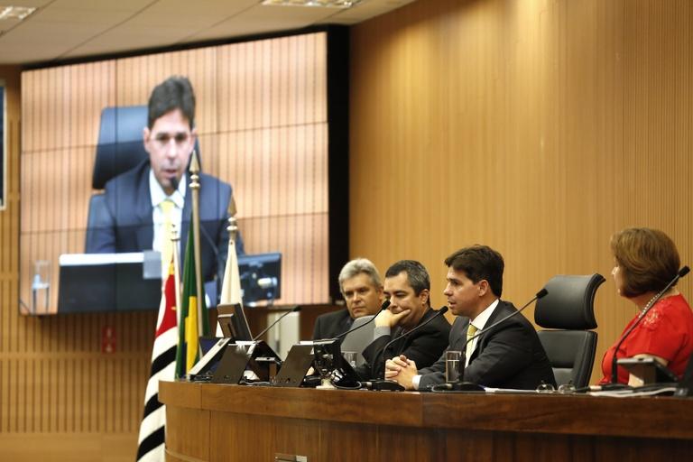 Comissão de Relações Internacionais debate comércio exterior e cidades competitivas