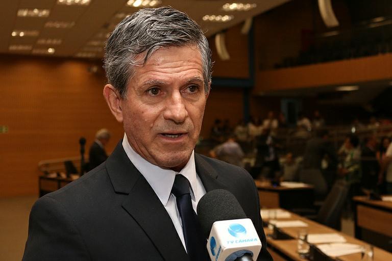 Paulo Haddad homenageia juristas nesta quinta (23)