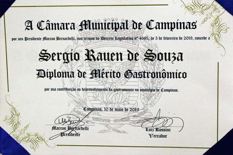 Pela primeira vez, Câmara entrega Diploma de Mérito Gastronômico