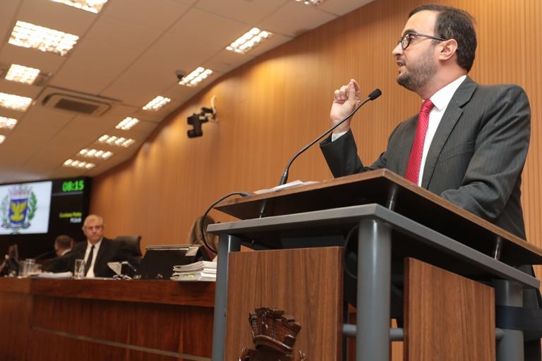 Presidente da Comissão de Educação, Petta afirma que mais de 100 salas de aula estão superlotadas em Campinas